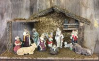 Complete Traditional Nativity Set 11 Figures with Stable Christmas Holy Ornament